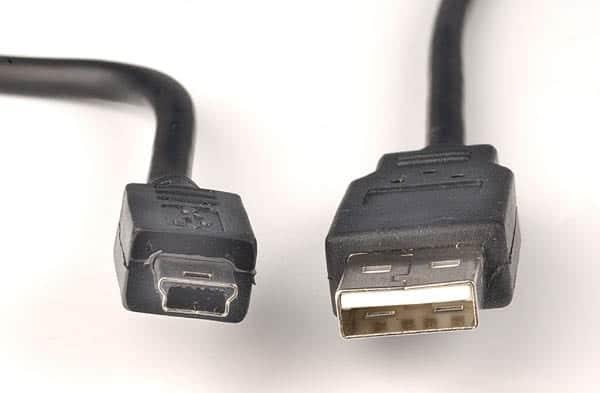 Estandarización cargadores Mini-USB