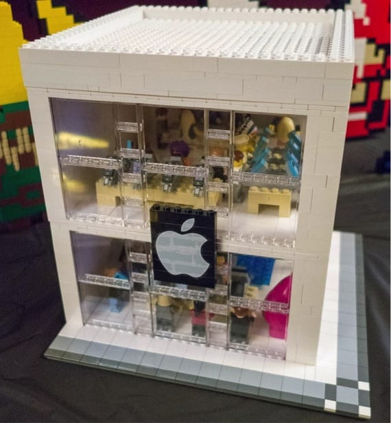 APPLE STORE LEGO
