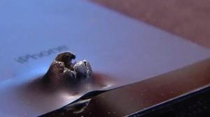 Así quedó el iPhone que salvó la vida al soldado