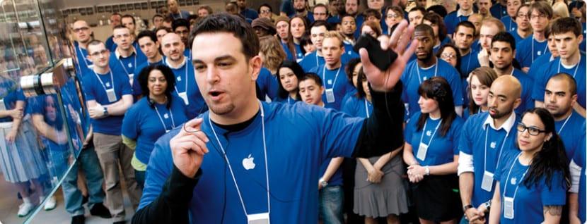 trabajadores-apple