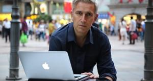 Ya disponible el polémico documental de la BBC sobre Apple al completo