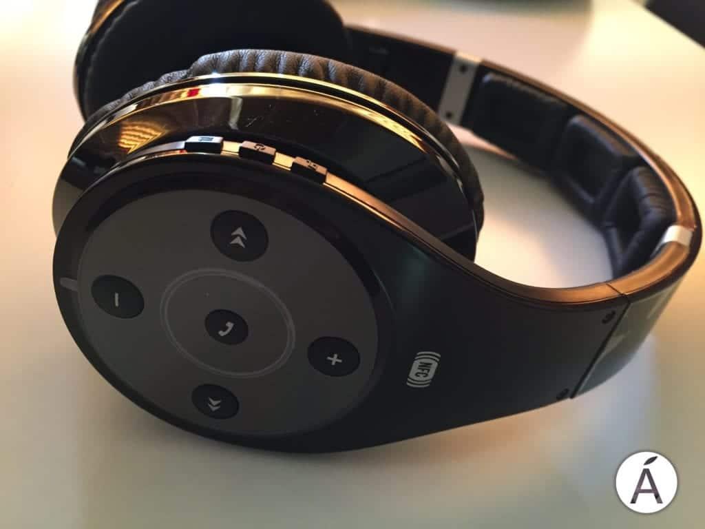 Disfruta del mejor sonido con los auriculares BT9 de Energy Sistem 15