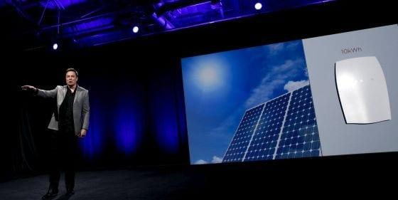 Elon Musk, CEO de Tesla, presenta la Powerwall