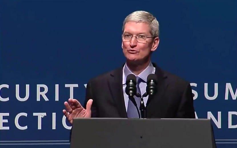 Tim Cook-privacidad-seguridad-datos-0