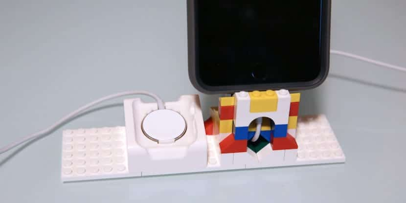 lego-apple-watch-iphone