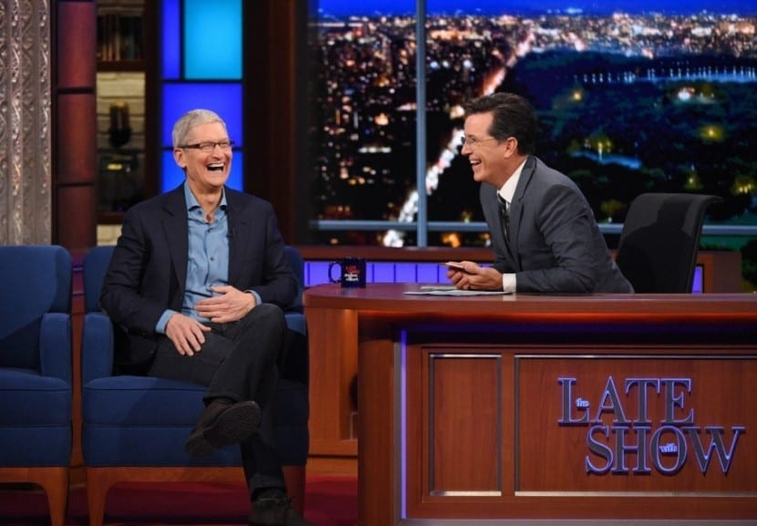 Late Show Colbert- tim cook-0