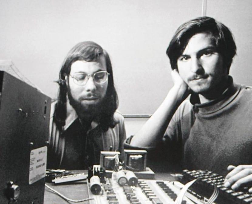 Steve-Jobs-and-Steve-Wozniak