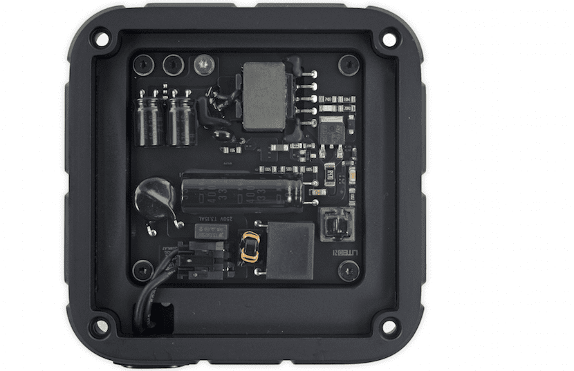 apple-tv-ifixit-1