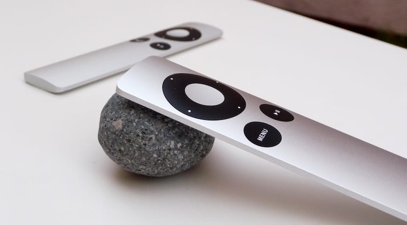 Apple-remote-aluminio