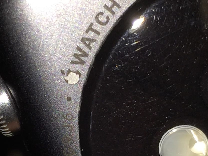 apple-watch-desconchado