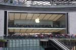 Miles de fans en la apertura de la Apple Store Guangzhou, China