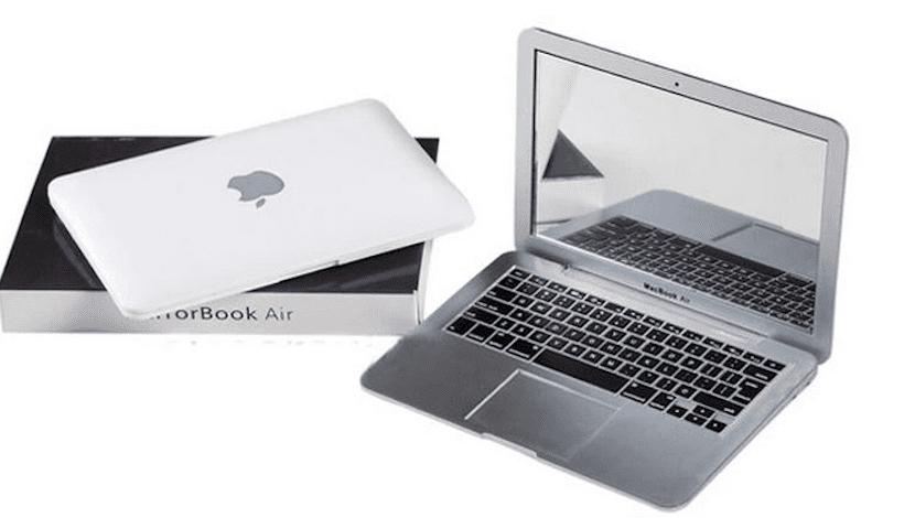 MacBook-miniatura-con-caja