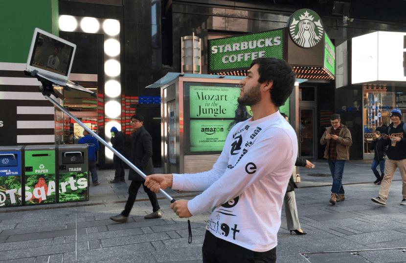 Palo selfie-macbook selfie-1