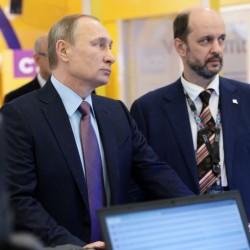Rusia planea una subida de impuestos a Apple y Google2