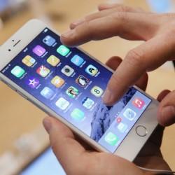 Apple planea un iPhone con pantalla OLED para 2017