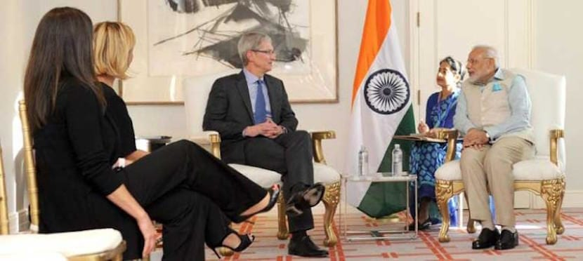 Tim-Cook-India-reunión