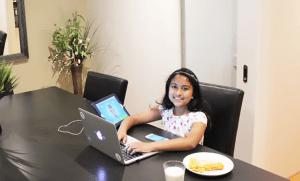 Anvitha Vijay Top
