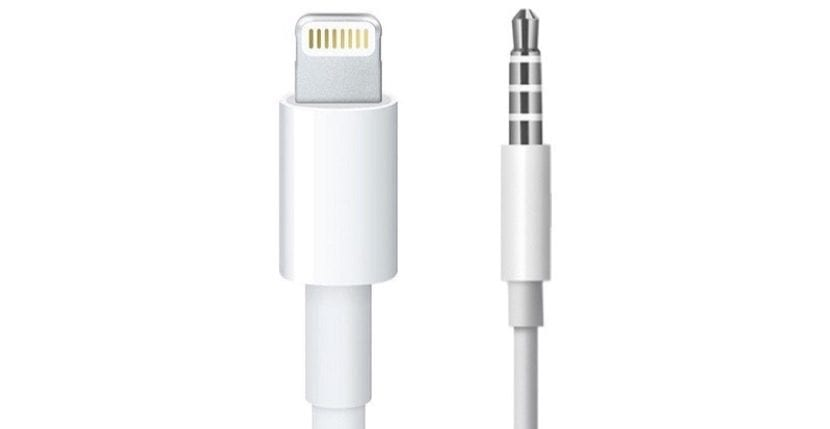 apple-lightning-and-3_5mm-jack