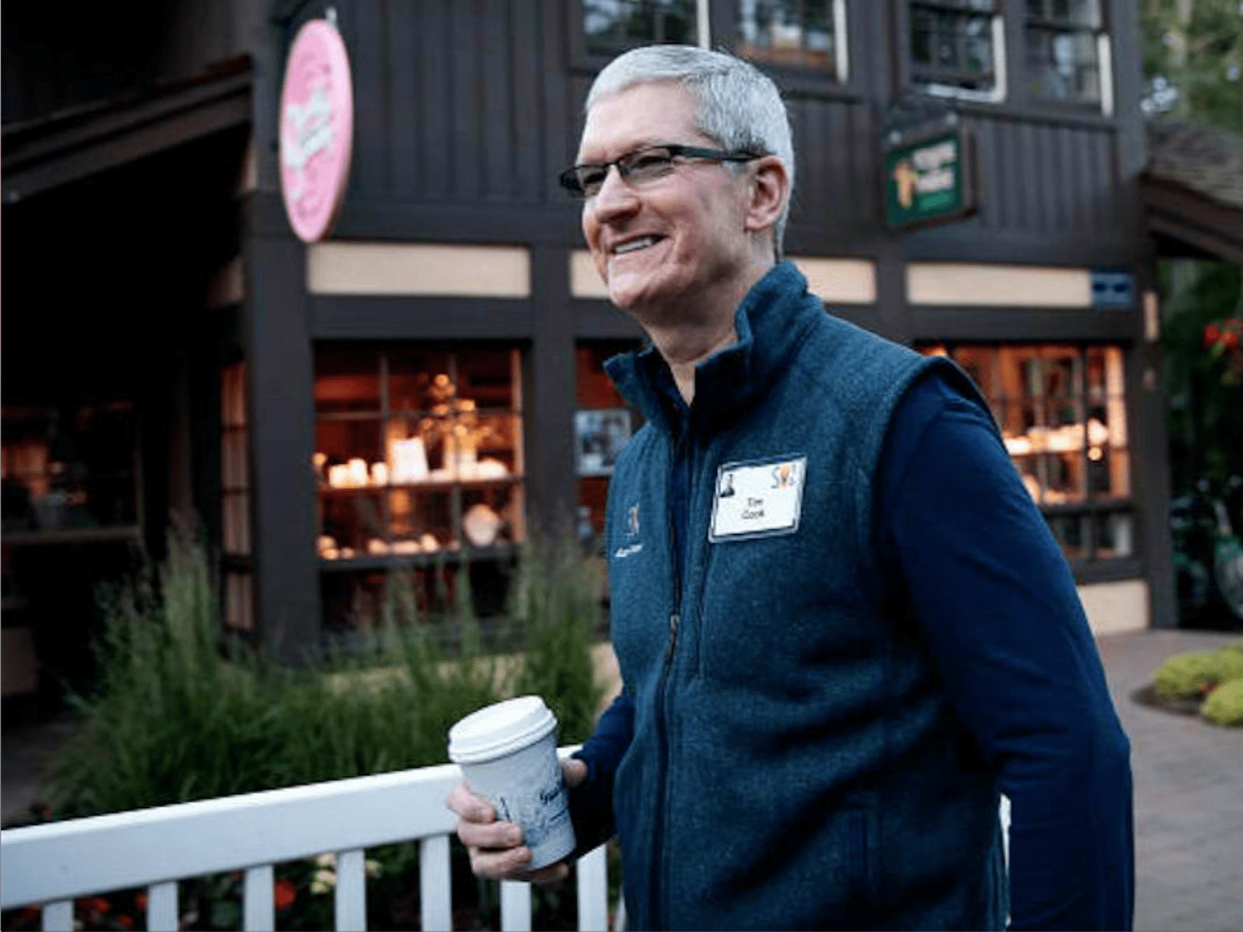 Tim Cook no puede pagar café con Apple Pay