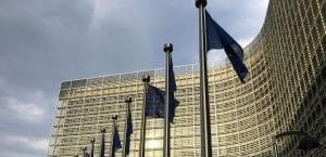 Comisión Europea lleva a Irlanda a los tribunales