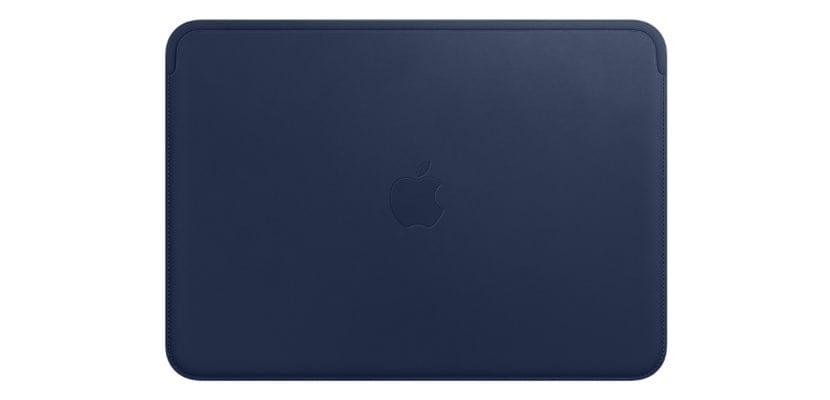 Funda piel para MacBook color azul noche