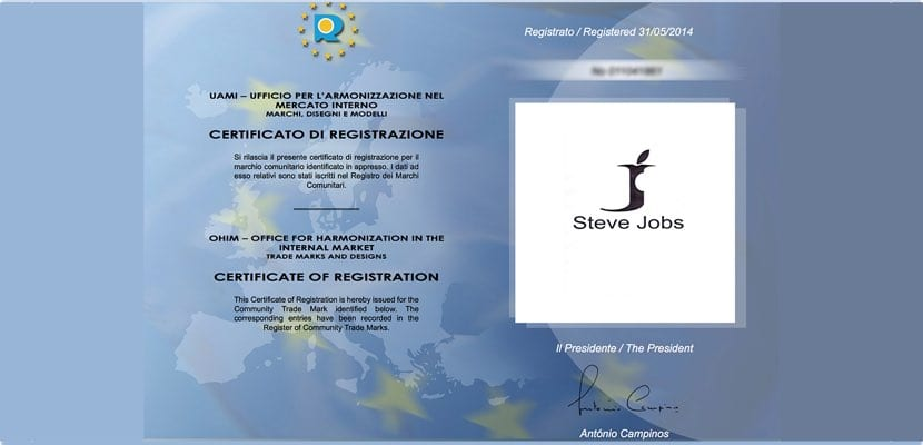 Certificado de registro ropa Steve Jobs
