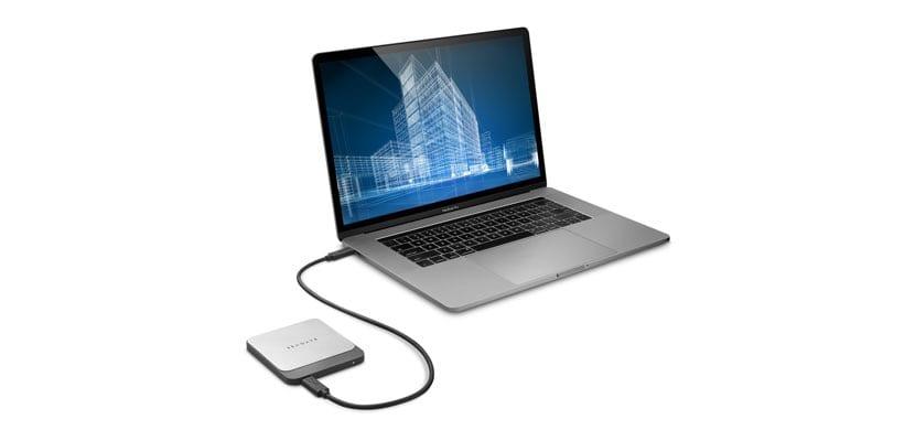 Seagate Fast SSD con MacBook Pro