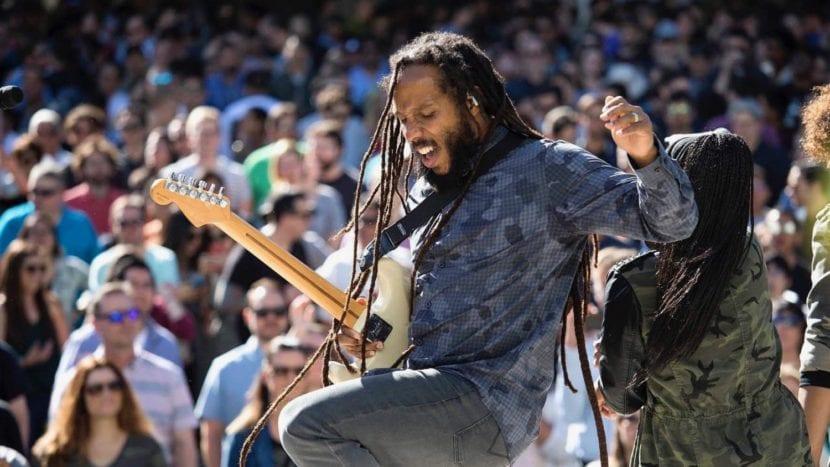 Apple celebra el Día de la Tierra con una actuación de Ziggy Marley