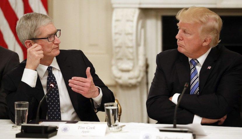 Tim Cook y Trump