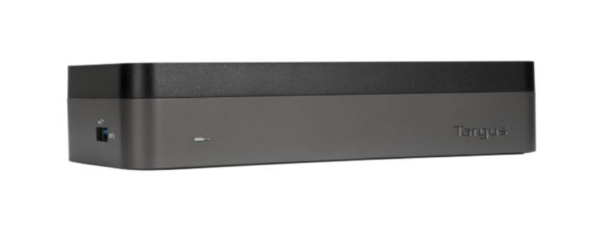 conecta cuatro pantallas a tu macbook pro con este accesorio de targus. Black Bedroom Furniture Sets. Home Design Ideas