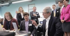 Tim Cook en la Universidad de Stanford