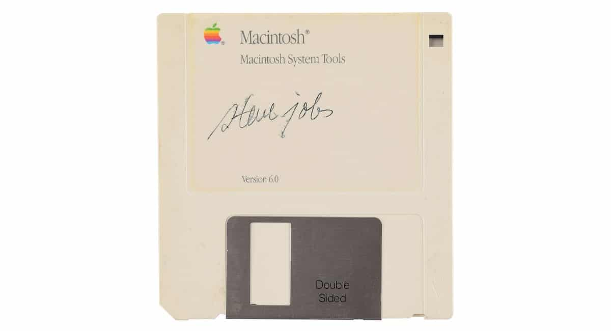 Disquete firmado Steve Jobs