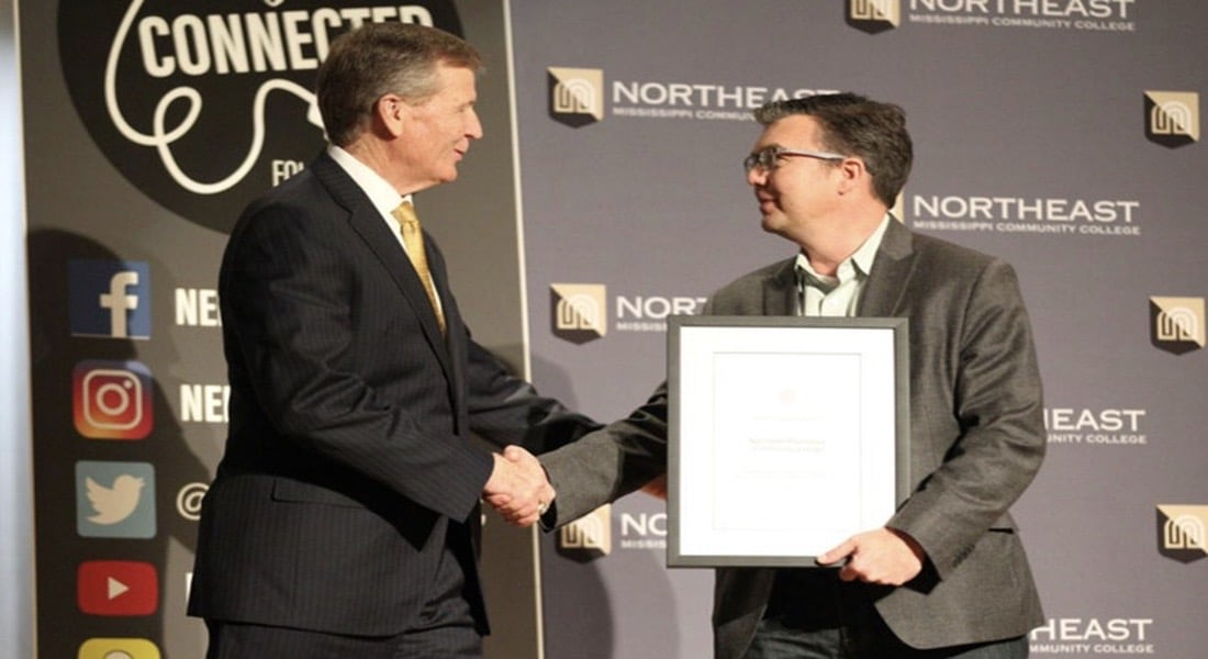 La universidad Northeast Mississippi premiada por Apple