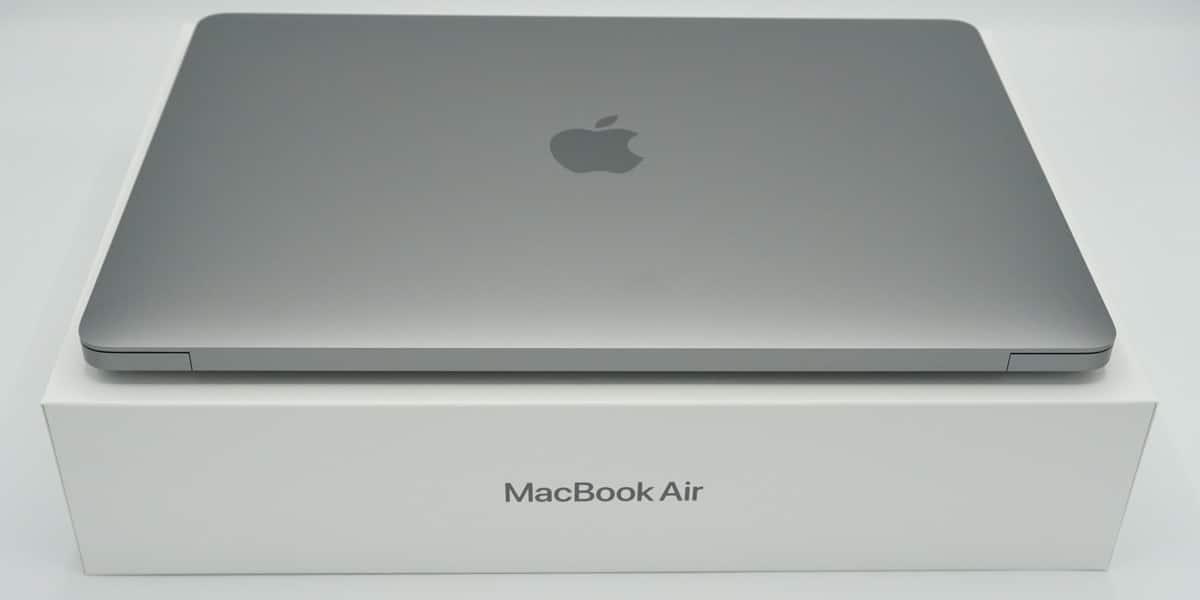MacBook Air caja