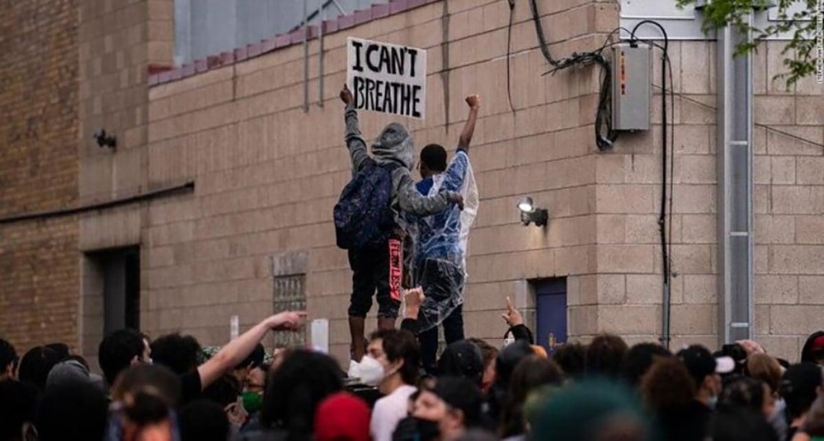 Tim Cook se posiciona en relacion a las protestas de Minneapolis