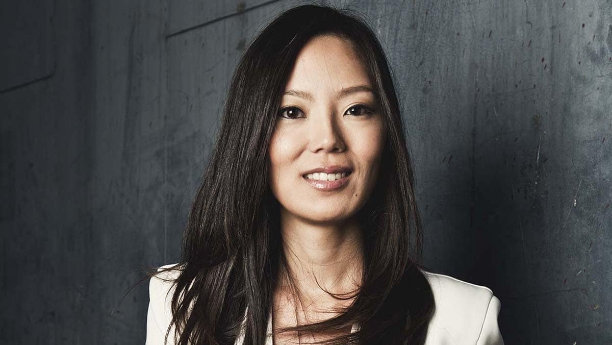 La agente Theresa Kang-Lowe firma con Apple TV+
