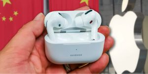 AirPods Chinos