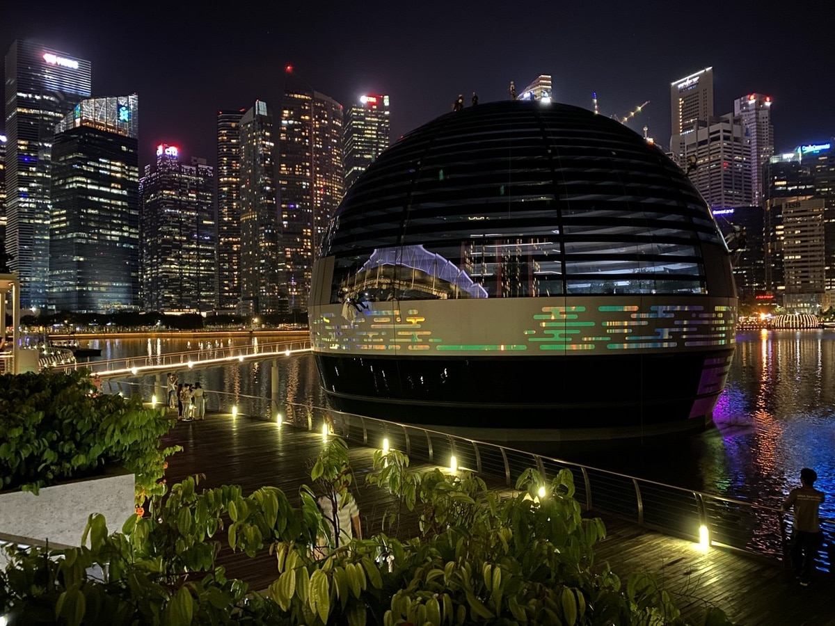 Apple-Store-Singapur-noche