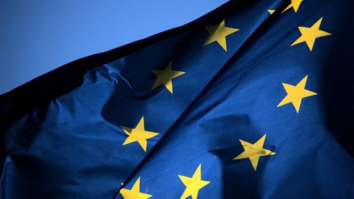 La UE quiere legislar sobre las aplicaciones preinstaladas en dispositivos de Apple