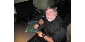Se subasta un Apple 1 firmado por Steve Wozniak