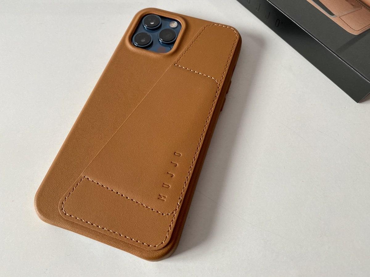 Trasera Funda iPhone 12 Pro Max Mujjo