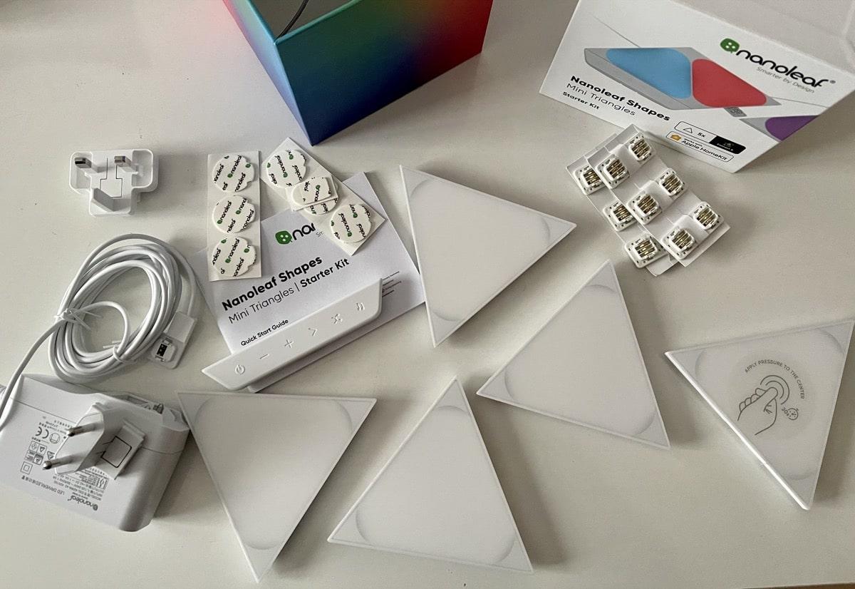 Contenido caja Nanoleaf Mini Triangles