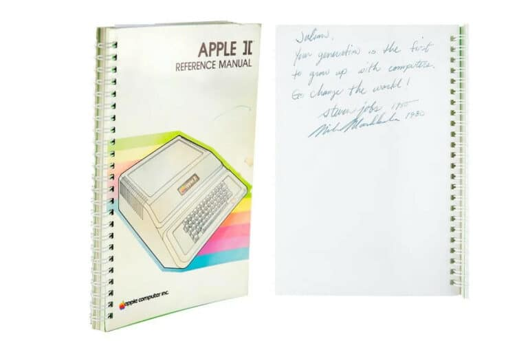 Manual Apple II firmado por Steve Jobs