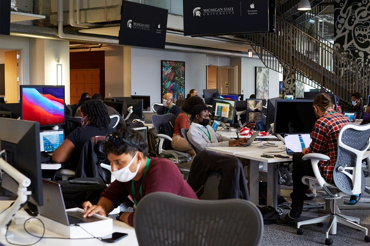 Academia desarrolladores Apple Detroit